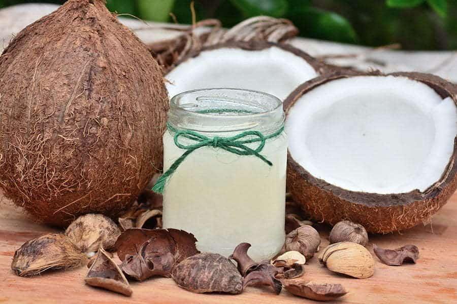 Beneficiile uimitoare ale uleiului de nuca de cocos